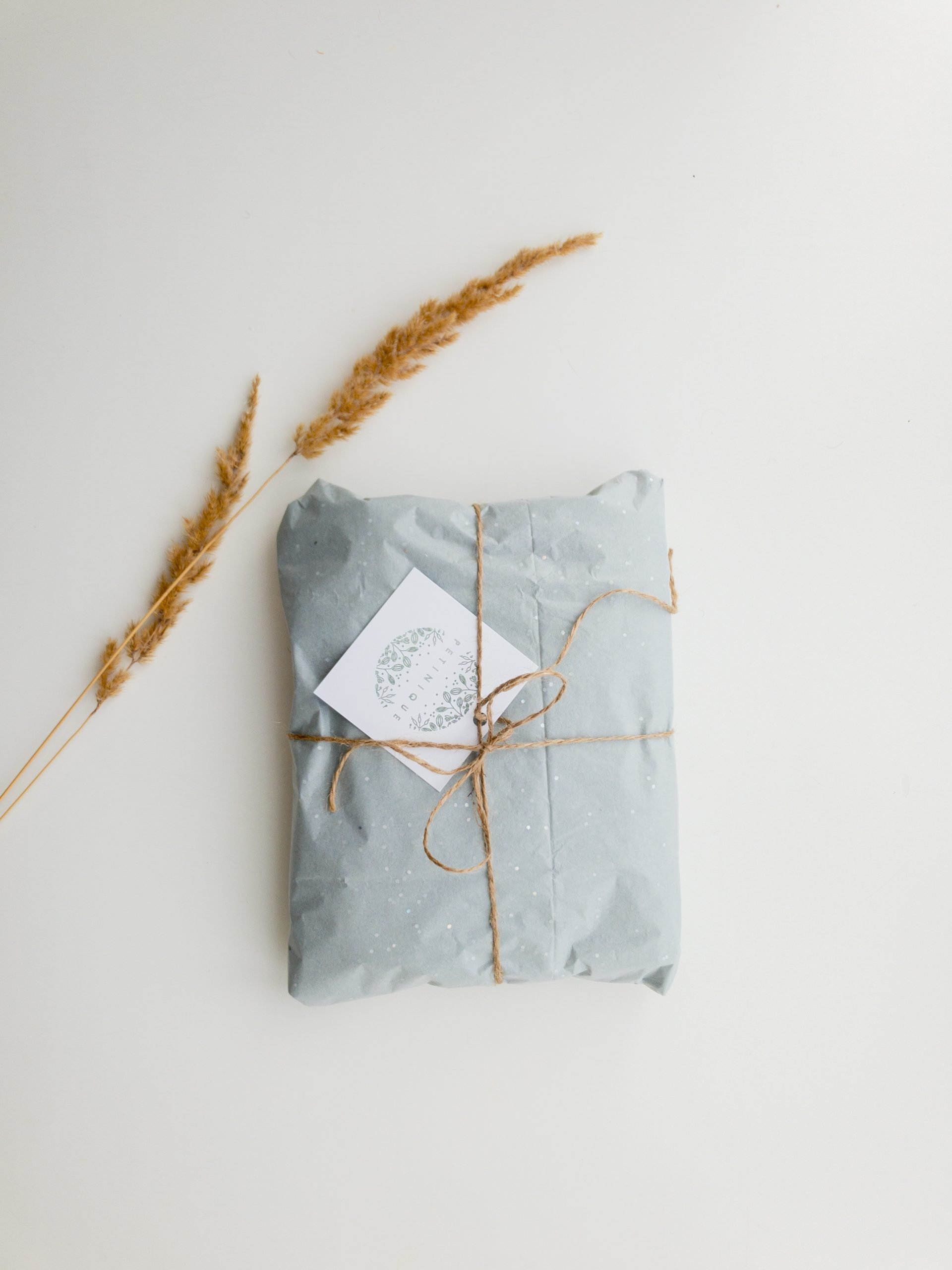 Free Printable Gift Wrapping Papers & Tags